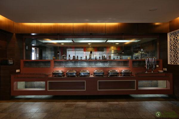 The-Contour-Hotel-Guwahati3