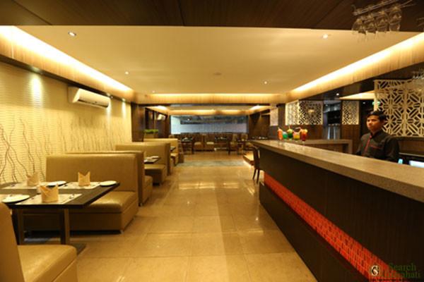 The-Contour-Hotel-Guwahati4