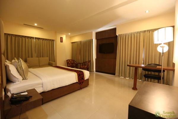 The-Contour-Hotel-Guwahati5